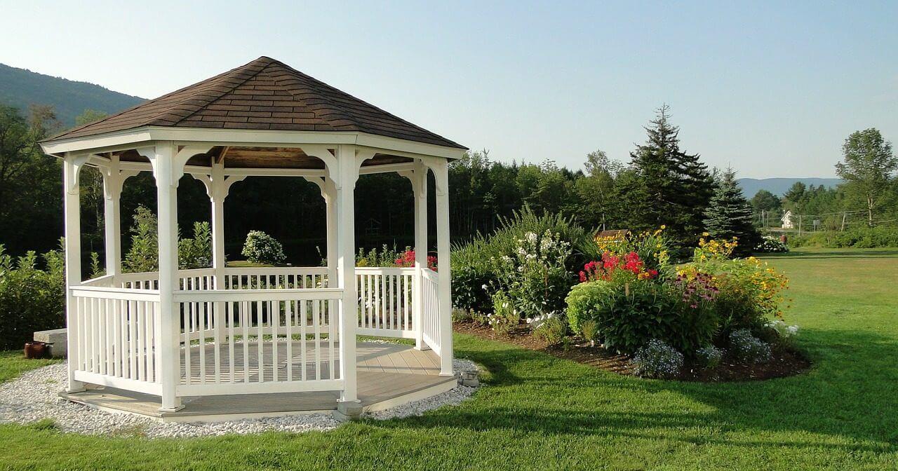 Gartenpavillon selber bauen » Pavillon aus Holz » Anleitung ...